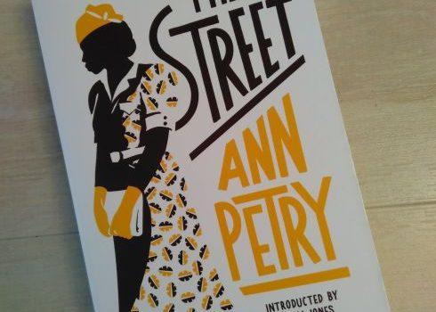 """Das Buch """"The Street"""""""